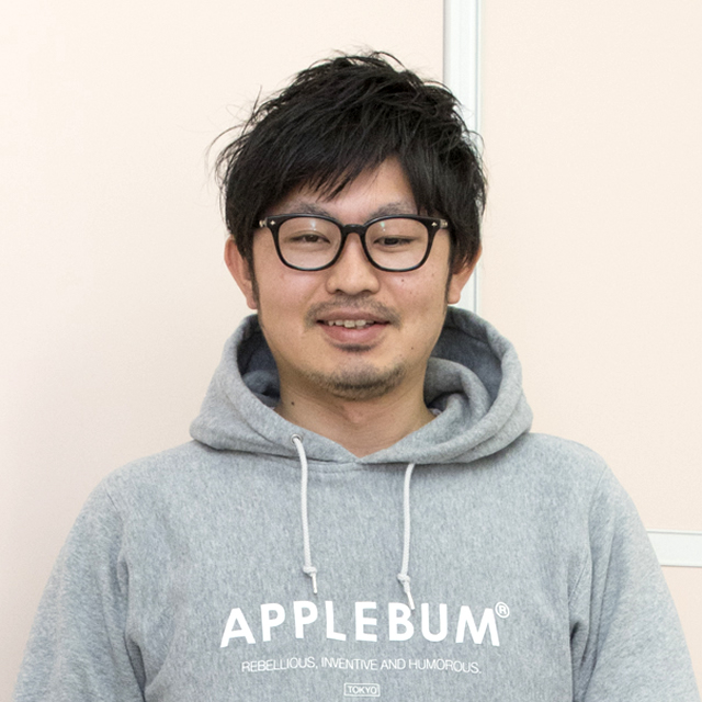 制作部 DTPチーム 青木 勇